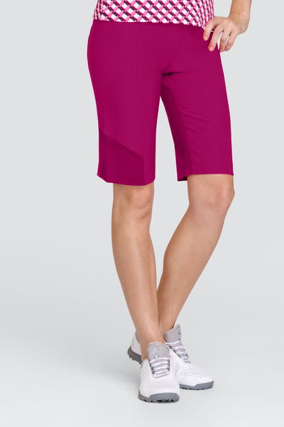 Tail Bella Short - Joli  Ladies golf shorts and skorts for the summer are a prerequisite. We love this outfit that will be a bit hit for all lady golfers who love quality ladies golf clothing and at the same time like a ladies golf clothing sale for some end of season ladies golf outfits. We have ladies golf polo shirts and ladies golf skort…