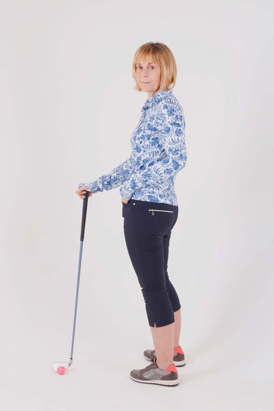 Navy Ladies Golfing Capri trousers are perfect for your ladies golfing wardrobe.    Matched with the JRB Ladies Golf shirts in various stunning designs and you will look amazing when out playing on the golf course.  When searching for golf clothes for women, these navy capri trouser are so popular especially for teams.