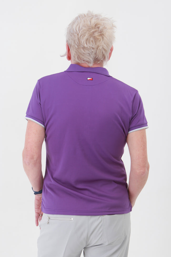 These Ladies Golf Shirts are super stylish when paired with other items from the new JRB ladies golfing range this season. Available in a smorgasbord of colours they ooze class and are most definitely on trend.  Ladies short sleeved golfing polo shirt - All lady golfers need this for their golfing wardrobe.