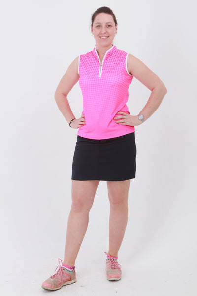 This zip necked ladies golf sleeveless polo feels silky to wear. It has a spot pattern that will give lady golfers a stylish fashion statement to impress fellow lady golfers.  There are a number of lady golf polo shirts in the new JRB Ladies Golf range.  Sleeveless and Short Sleeved ladies golf shirts.