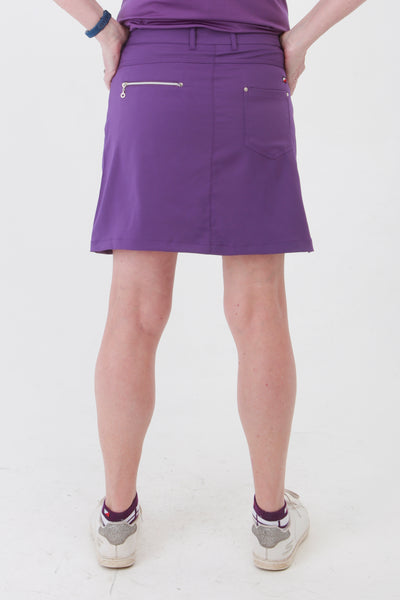 The purple collection is a winner for lady golfers around the world.  This golfing skirt is similar to a golfing skort but has comfortable inbuilt pants. With the plain pique lady golfer polo tops you will be ready to hit the catwalks as well as the golf courses. Women golfers will love this for their daily sports.