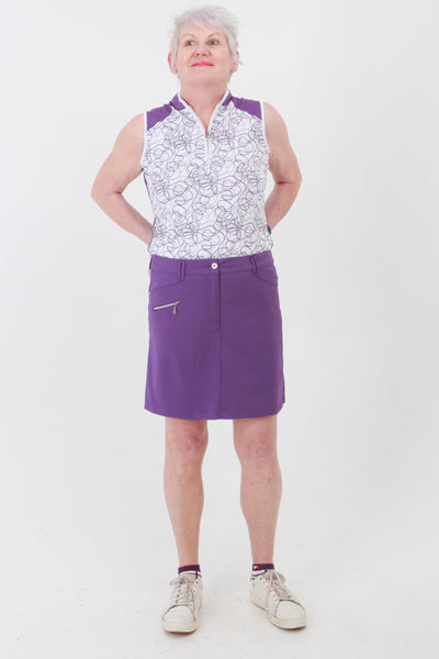 This zip necked ladies golf sleeveless polo feels silky to wear. It has a purple swirl pattern that will give lady golfers a stylish fashion statement to impress fellow lady golfers.  There are a number of lady golf polo shirts in the new JRB Ladies Golf range.  Sleeveless and Short Sleeved ladies golf shirts.