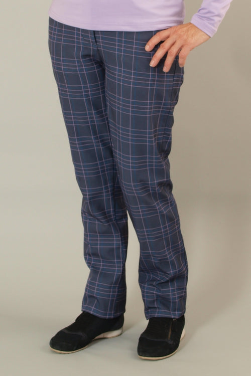 These golfing ladies windstopper trousers are perfect for a whole range of autumn/winter activities.  Ladies walking trousers, ladies golfing trousers or ladies dog walking trousers.  During the colder months these super stylish check ladies golfing trousers are so comfortable and most of all keep your legs warm.