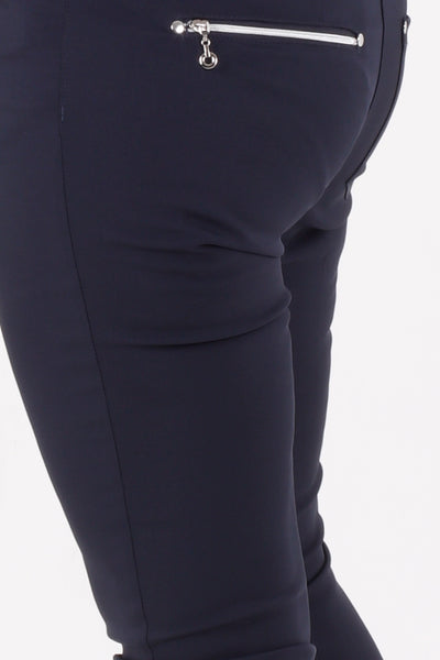 Such a comfortable fit for the ladies golf season. Ladies Golf trousers in a stylish navy are perfect for your ladies golfing wardrobe.    Matched with the JRB Ladies Golf shirts in various stunning designs and you will look amazing when out doing your Daily Sports.