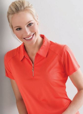 Ladies golf short sleeved top for the summer are a prerequisite.  We love this outfit that is a  big hit for all lady golfers who love quality ladies golf clothing and at the same time like a ladies golf clothing sale for some end of season ladies golf outfits.  We have ladies golf polo shirts and ladies golf skorts.