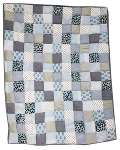 Lana Paws patchwork dog mat and dog blanket