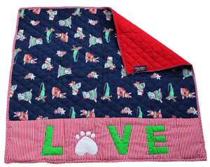 Lana Paws Christmas Warm Dog Blanket
