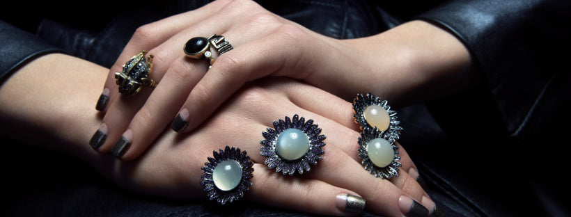 DAISY. MY FAVOURITE FLOWER.