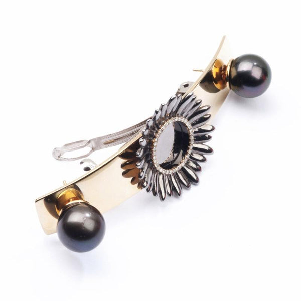 Boho Chic interchangeable hair ornament; you can easily remove the pearls and wear them as earrings