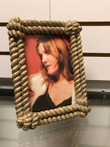 Rope Border Picture Frame