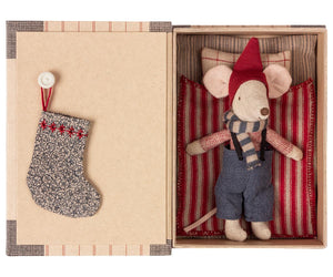 Maileg CHRISTMAS MOUSE IN BOOK - BIG BROTHER