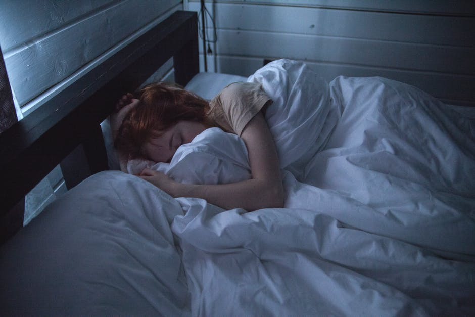 6 Bad Sleeping Habits You Should Break Tonight