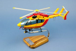 MAQUETTE BOIS EC 145 SECURITE CIVILE