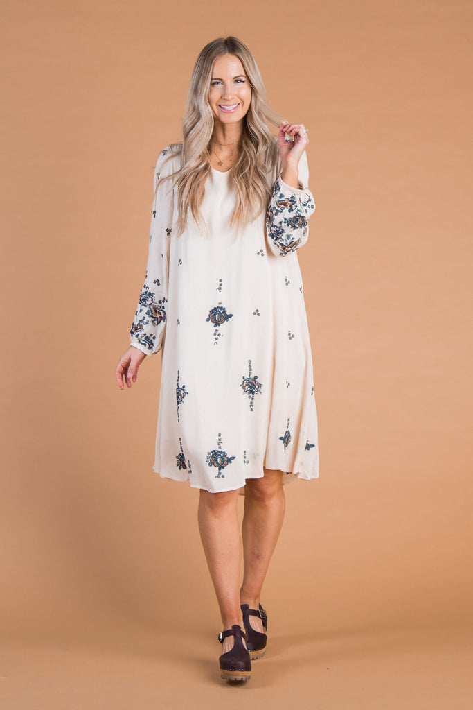 Southampton Embroidery Dress - B&R WOMEN'S DRESS Called to Surf