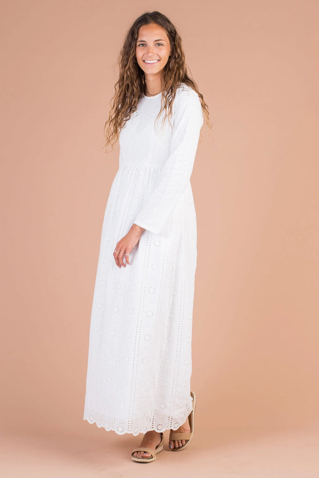 Roslyn Eyelet Maxi - S&B Variable Called to Surf S White