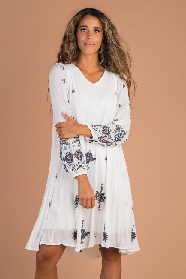 Southampton Embroidery Dress - White - B&R