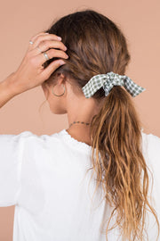 Peyton Gingham Hair Tie Variable Called to Surf ONE SIZE GREEN