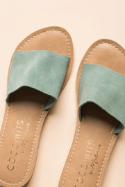 The Tiki WOMEN'S SHOES Matisse 10 Turquoise