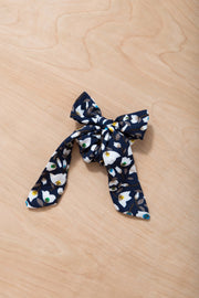 Up and Away Hair Scrunchie Variable Called to Surf One Size Navy