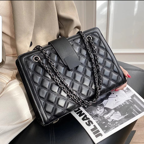 Black Quilted Handbag (ships January 8)