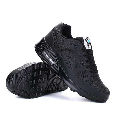 The Geess black / 5 Women`s Running Shoes from Size 5
