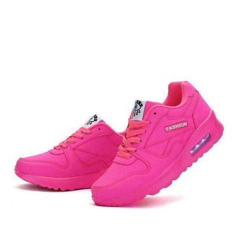 The Geess red / 5 Women`s Running Shoes from Size 5