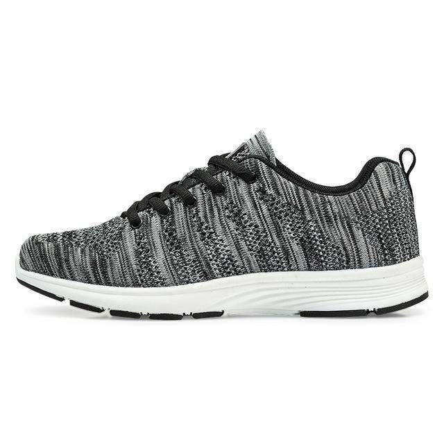 The Geess White   Women / 11 Women`s Fitness Shoes