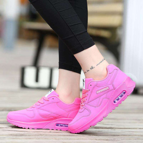 Image of The Geess Women`s Running Shoes from Size 5