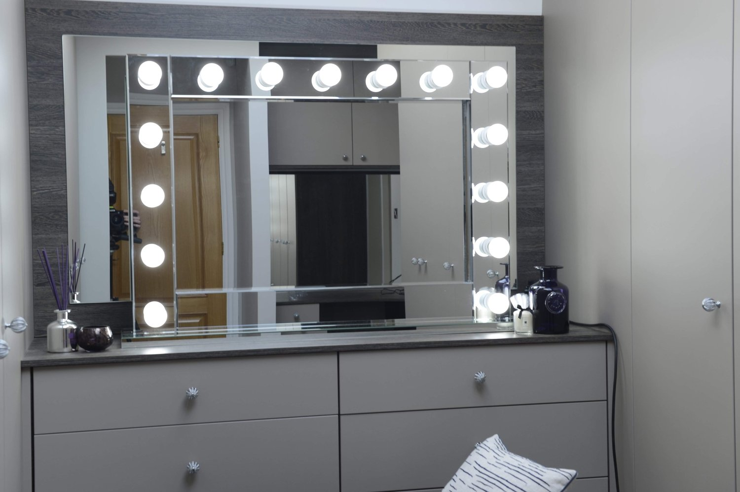 Jessica Large Hollywood Mirror Large 15 Bulb Silver Mirrored Glass Finish  80CM X 114CM Freestanding On