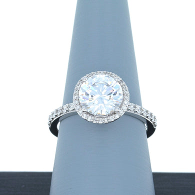 A Jaffe Engagement Ring Semi Mount with Single Halo in 18K White Gold ME1799