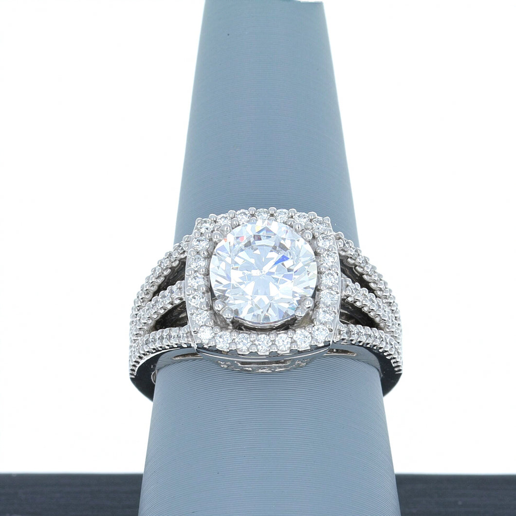 A Jaffe Engagement Ring Semi Mount Halo in 18K White Gold MES256/64