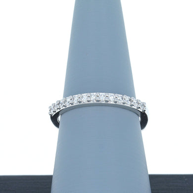 A Jaffe Diamond Wedding Band in 18K White Gold MRS078/26