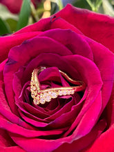 Hearts on Fire Behati Silhouette Band in 18K Yellow Gold