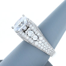 Diamond Ring in 18K White Gold for 10-11mm Center Stone