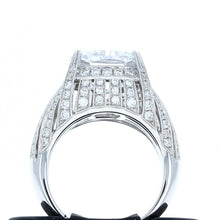 Diamond Ring in 18K White Gold for 11mm Cushion Cut Center Stone