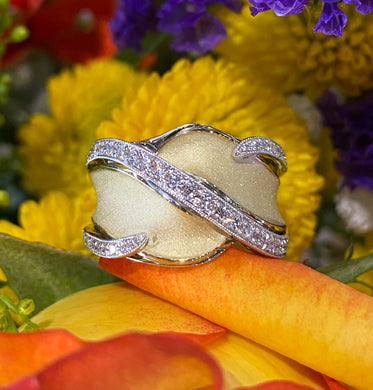 Simon G Frosted Gold and Diamond Ring LR2510