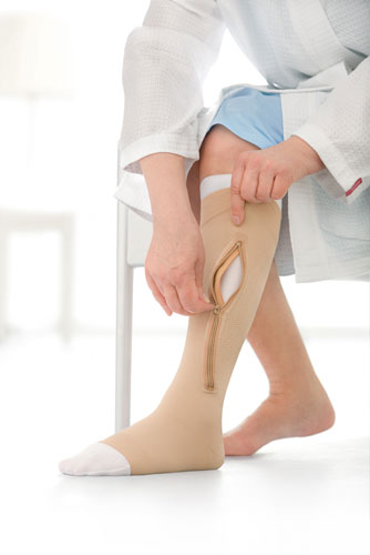 Jobst UlcerCare, 40+ mmHg, Knee High, Zipper