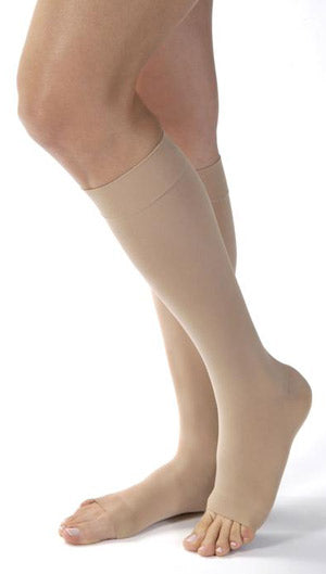 Jobst Opaque w/SoftFit, 15-20 mmHg, Knee High, Open Toe