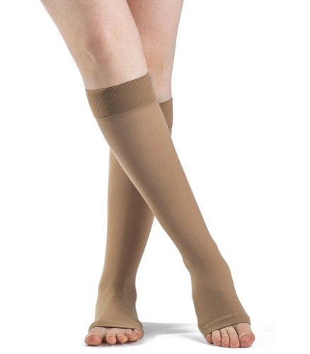 Sigvaris 862C/Plus-Sized Women's Opaque, 20-30 mmHg, Knee High, Silicone Band