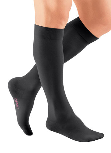 Mediven Plus, 30-40 mmHg, Knee High, Closed Toe