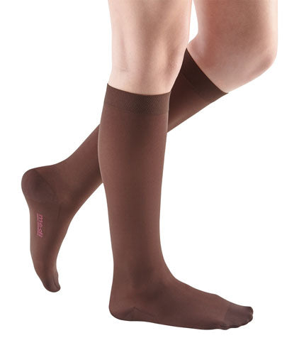 Mediven Comfort, 15-20 mmHg, Knee High, Closed Toe