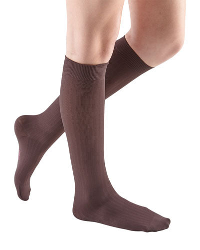Mediven for Women Vitality, 15-20 mmHg, Knee High, Closed Toe