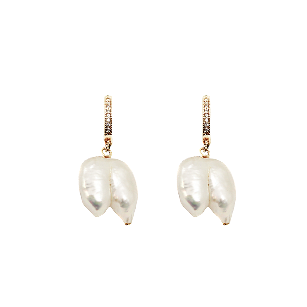 NEW! PEARL EARRING | EDGY LILI