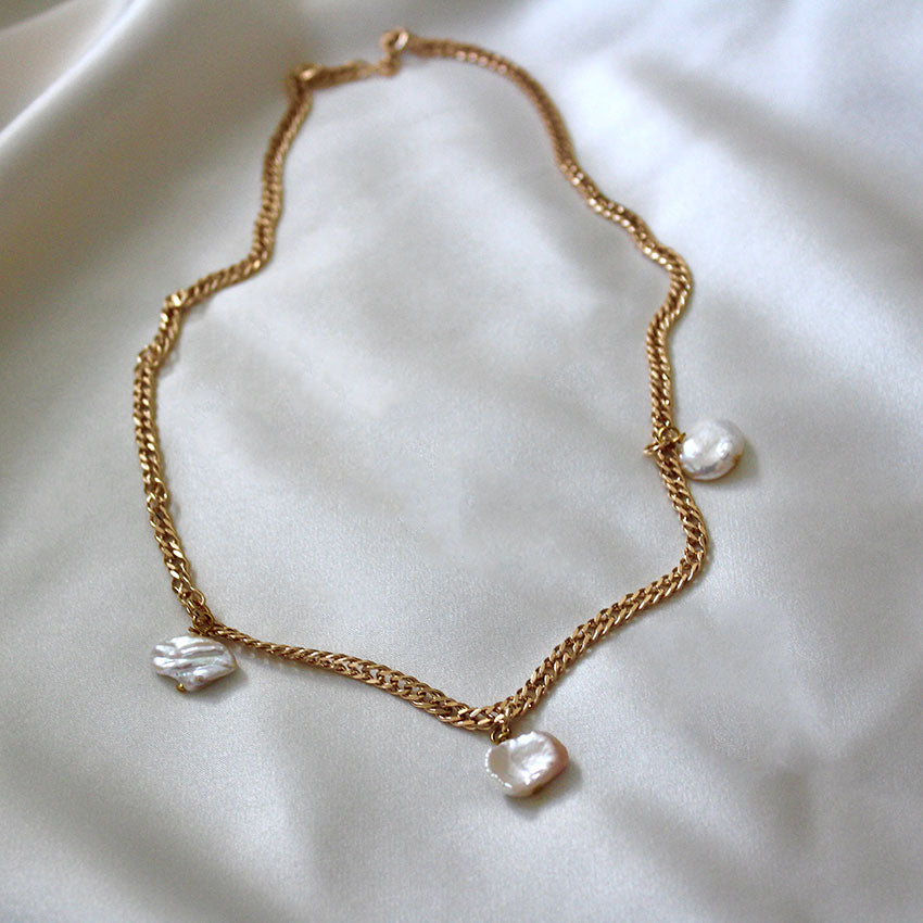 NEW! PEARL NECKLACE | CLÉO