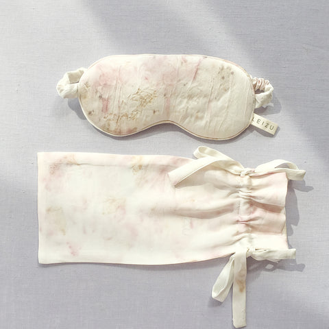 Leizu Carnation Silk Sleep Mask
