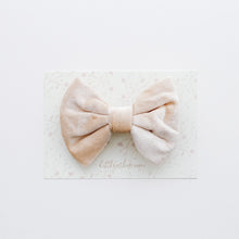 Velvet Bowtie Bow in Cream