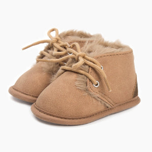 Baby shoes, fur lined winter booties