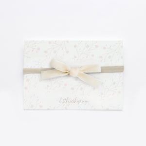 "3/8"" Velvet Bow in Cream"