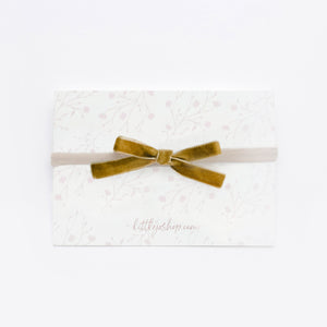 "3/8"" Velvet Bow in Antique Mustard"