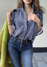 Catherine Pop-Up Poplin Collar Shirt in Chambray